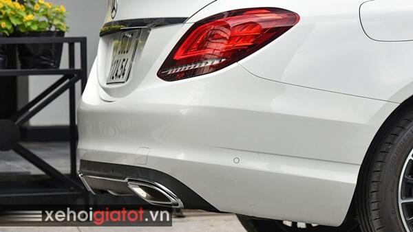 Cản sau xe Mercedes C200 Exclusive