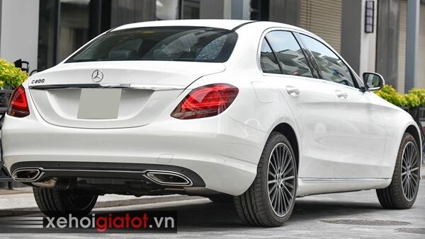 Đuôi xe Mercedes C200 Exclusive