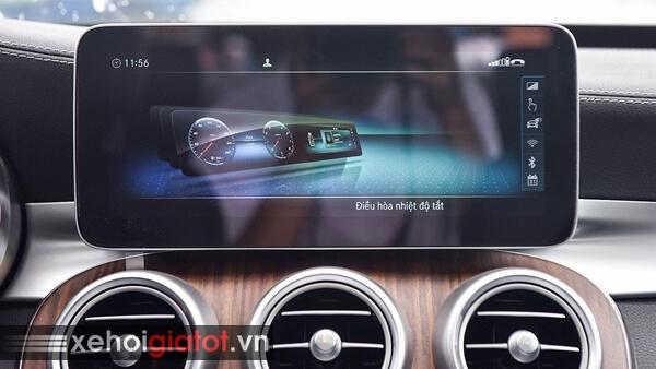 Màn hình giải trí xe Mercedes C200 Exclusive