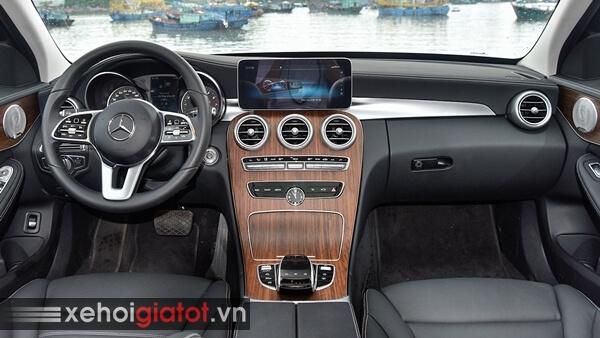 Nội thất xe Mercedes C200 Exclusive