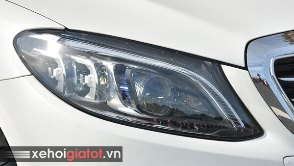 Cụm đèn trước xe Mercedes C200 Exclusive