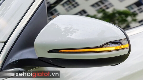 Gương chiếu hậu xe Mercedes C200 Exclusive