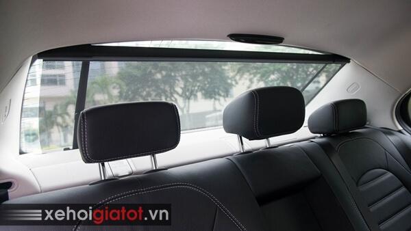 Rèm che nắng kính hậu xe Mercedes C200 Exclusive
