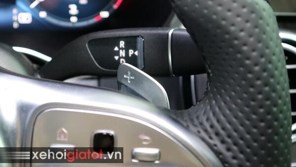 Lẫy chuyển số sau vô lăng xe Mercedes C300 AMG