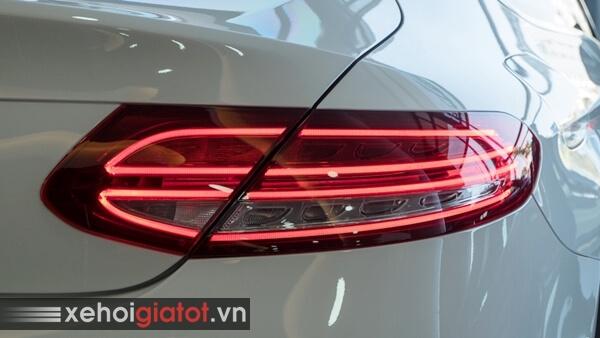Cụm đèn hậu xe Mercedes C300 Coupe