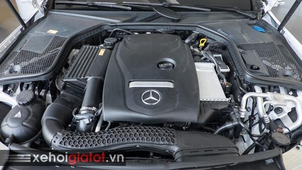 Động cơ xe Mercedes C300 Coupe
