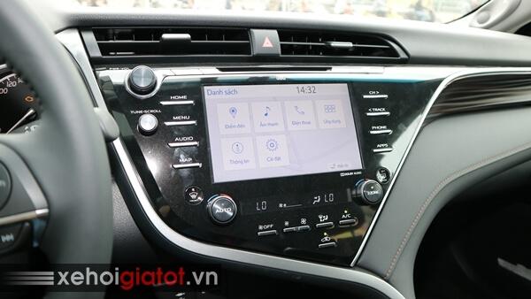 Bảng điều khiển trung tâm xe Camry 2.5Q