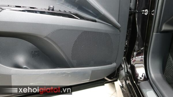Dàn âm thanh xe Camry 2.5Q