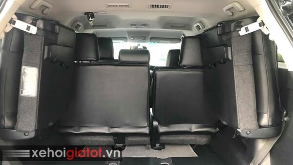 Hàng ghế thứ 3 xe Toyota Fortuner 2.4G MT 4x2 2017 cũ
