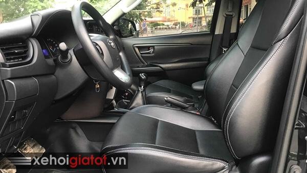 Ghế trước xe Toyota Fortuner 2.4G MT 2017 cũ