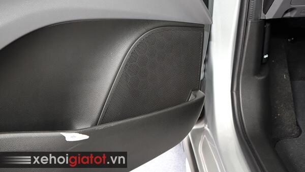 Dàn âm thanh loa xe Fadil 1.4 CVT tiêu chuẩn