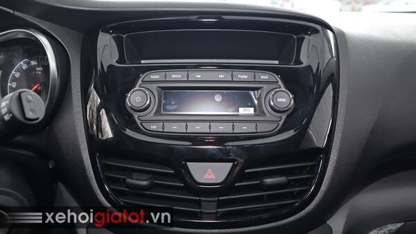 Hệ thống giải trí xe Fadil 1.4 CVT tiêu chuẩn