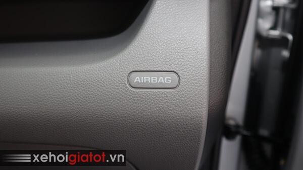 Túi khí an toàn xe Fadil 1.4 CVT tiêu chuẩn