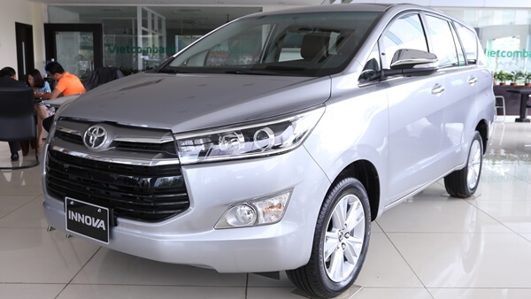Toyota Innova 2.0V AT 2019