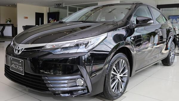 Toyota Corolla Altis 2.0V CVT 2019