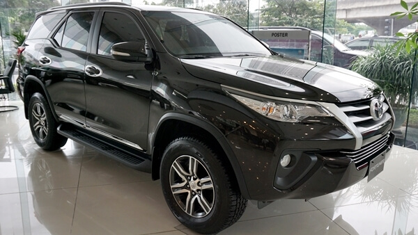 Toyota Fortuner 2.4G AT 4x2 2019