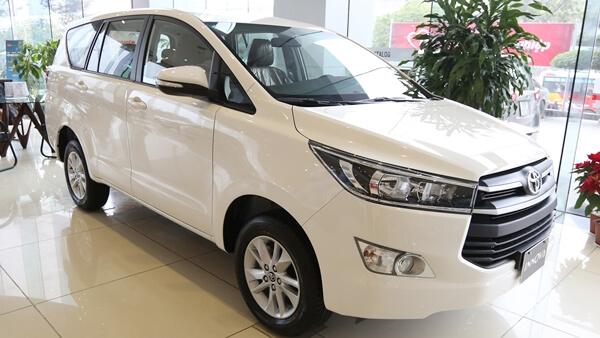Toyota Innova 2.0 J MT 2019