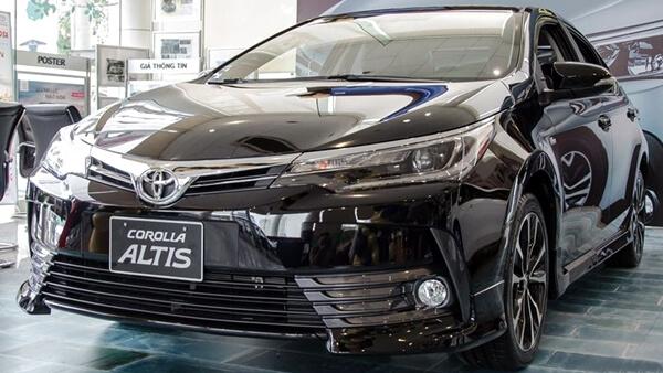 Toyota Corolla Altis 2.0V CVT-i Sport 2019
