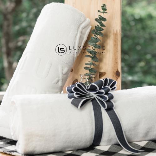 Set 10 khăn tắm trắng Luxstay