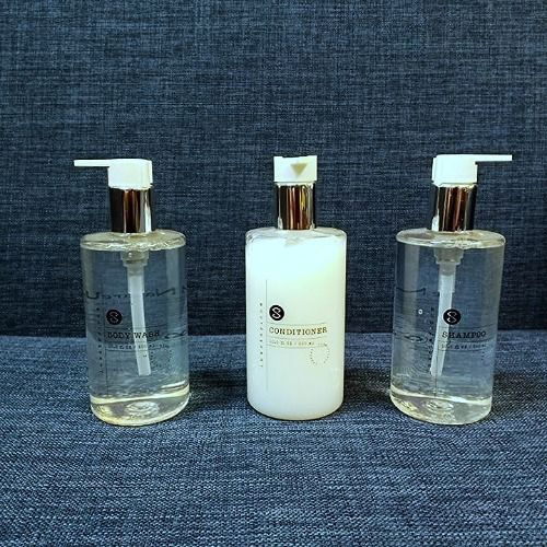 Bộ 3 sản phẩm Nhà tắm Luxstay