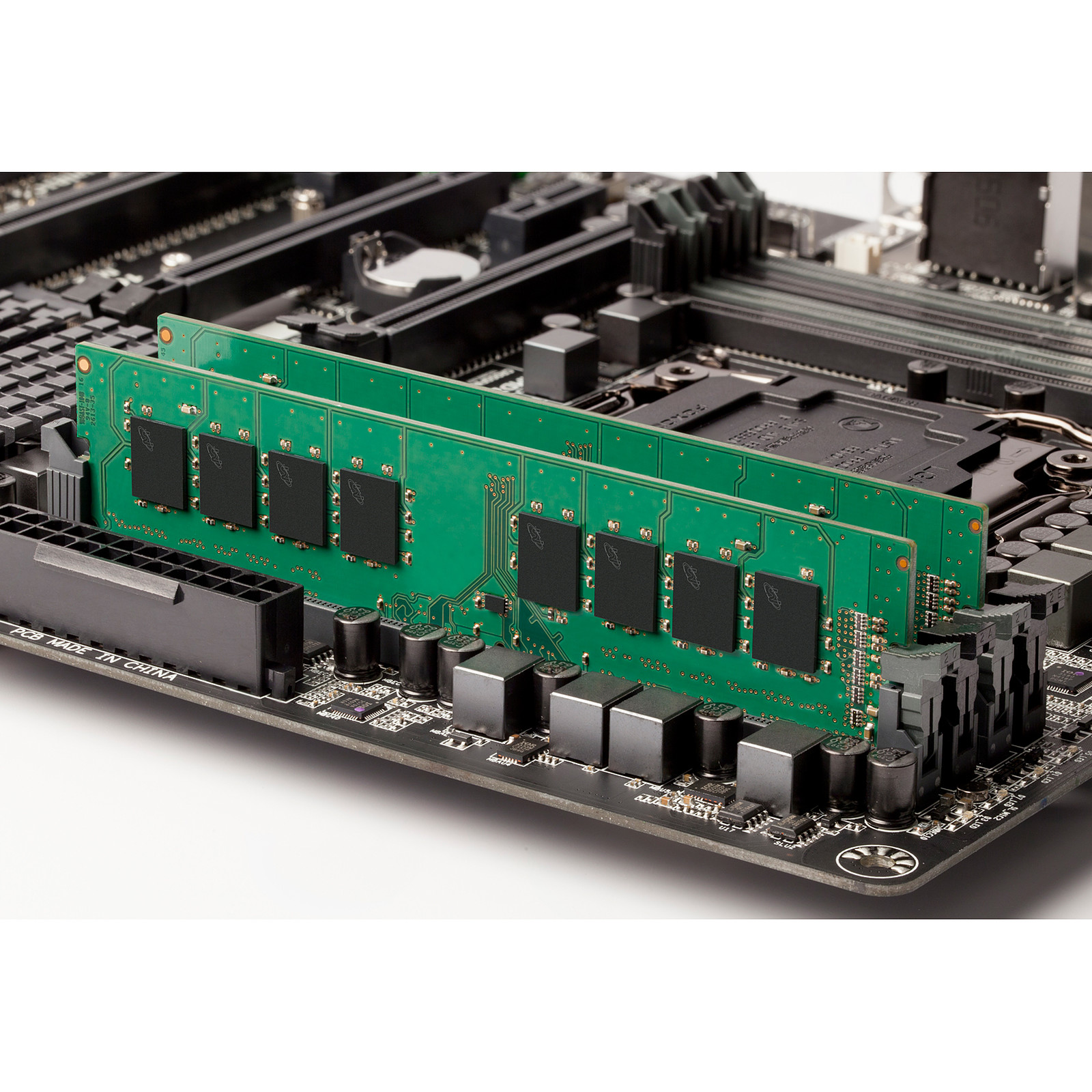 Ram PC Server Micron 32GB 2933MHz DDR4 ECC RDIMM MTA18ASF4G72PDZ-2G9B2