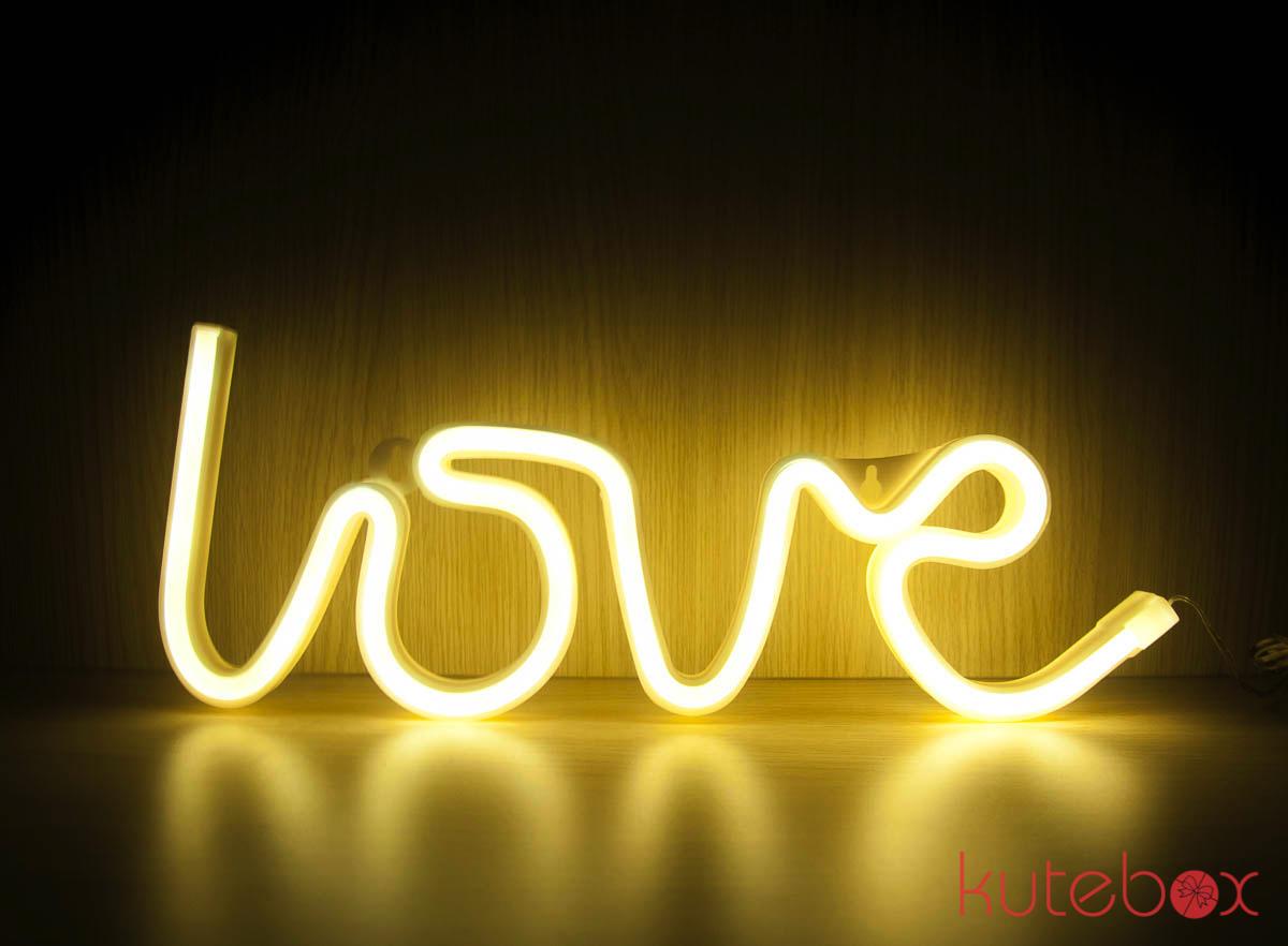 Đèn LED Chữ LOVE