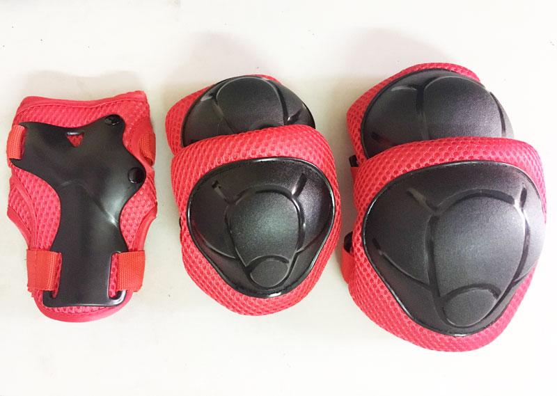 Bộ bảo vệ đầu gối và chân tay cho bé Katso màu đỏ