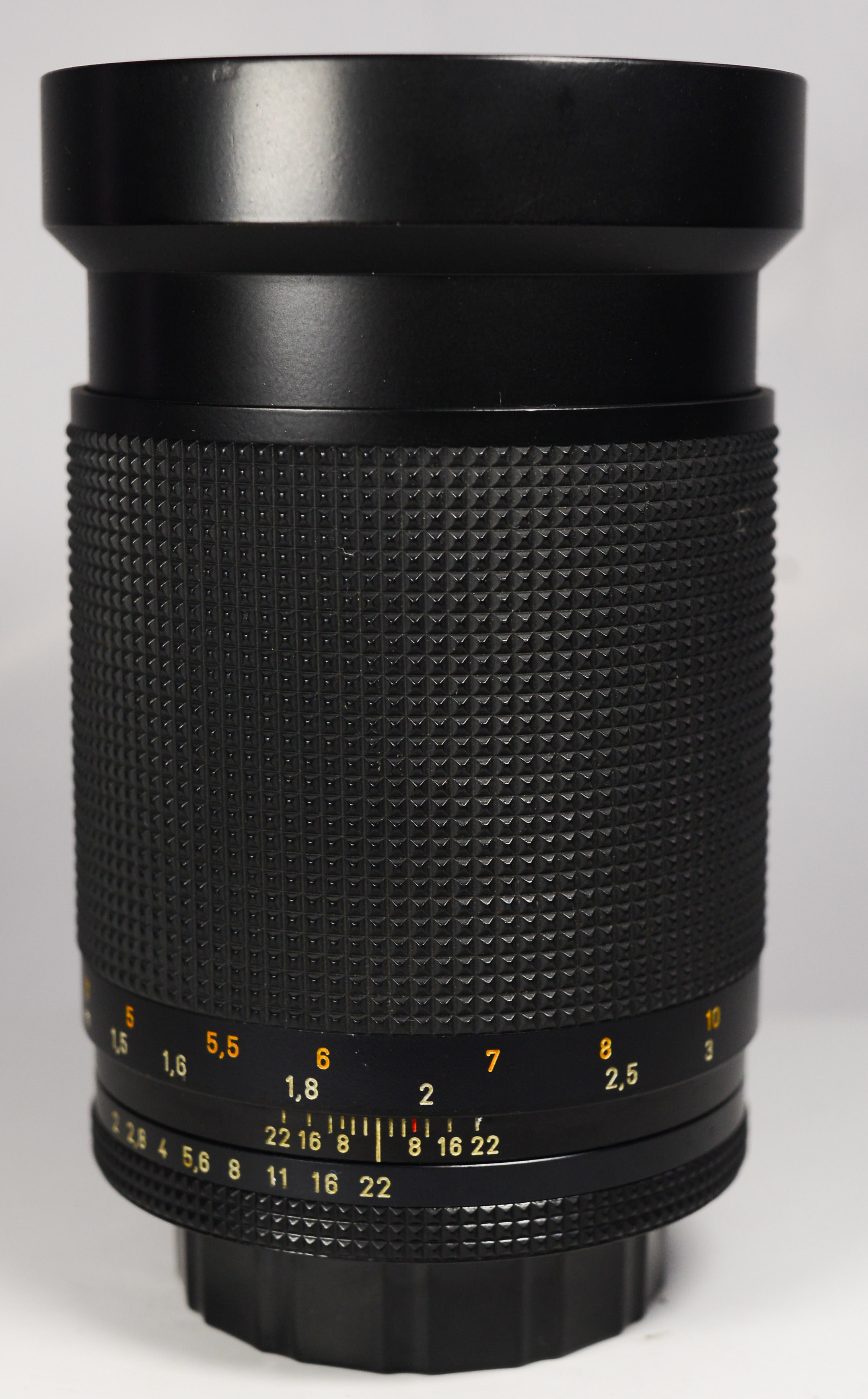 carl-zeiss-135mm-f2-0-t-west-germany-mf-cy-135-2-0-98-10740