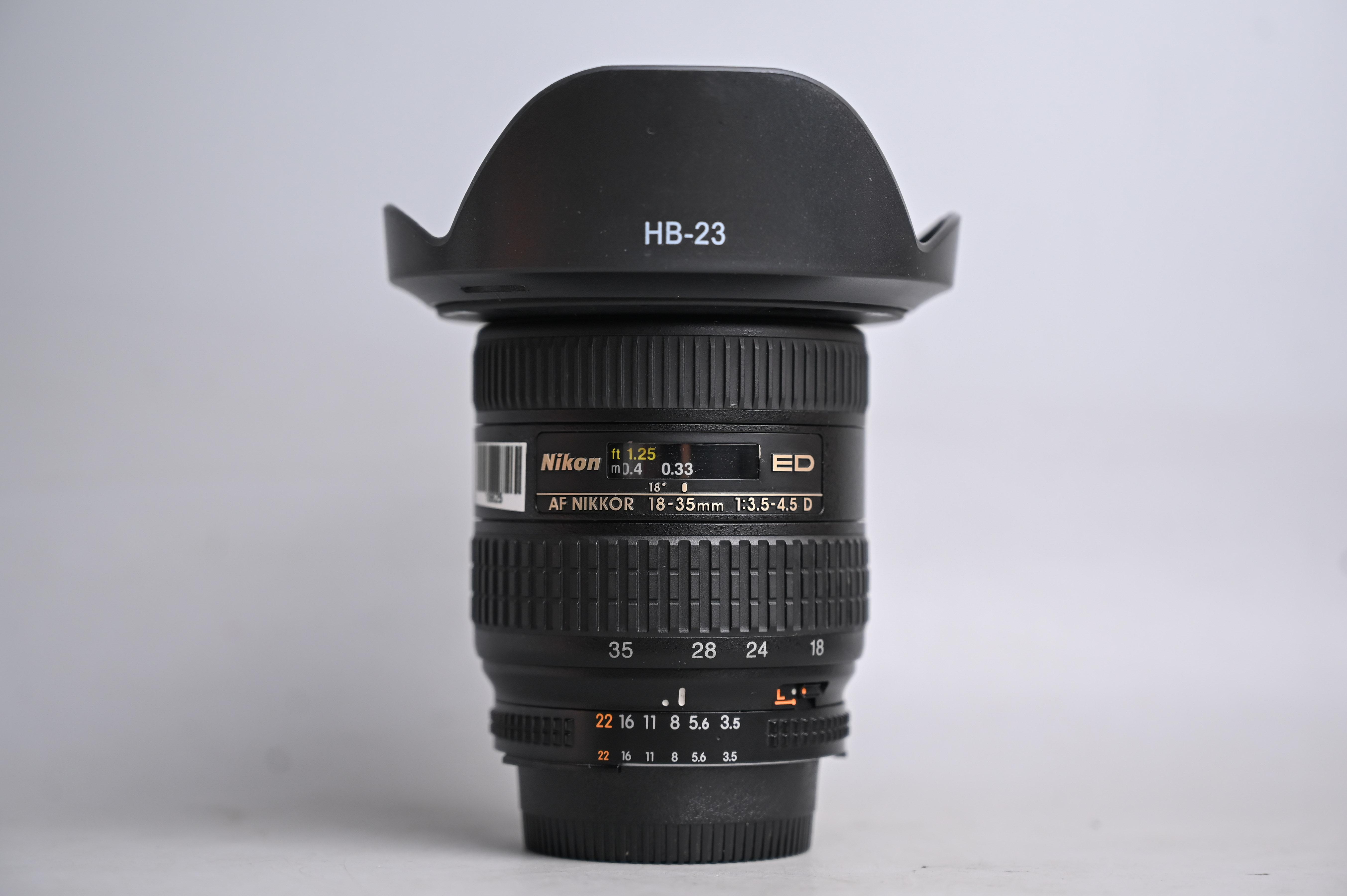 nikon-18-35mm-f3-5-4-5-ed-af-d-18-35-3-5-4-5-18625
