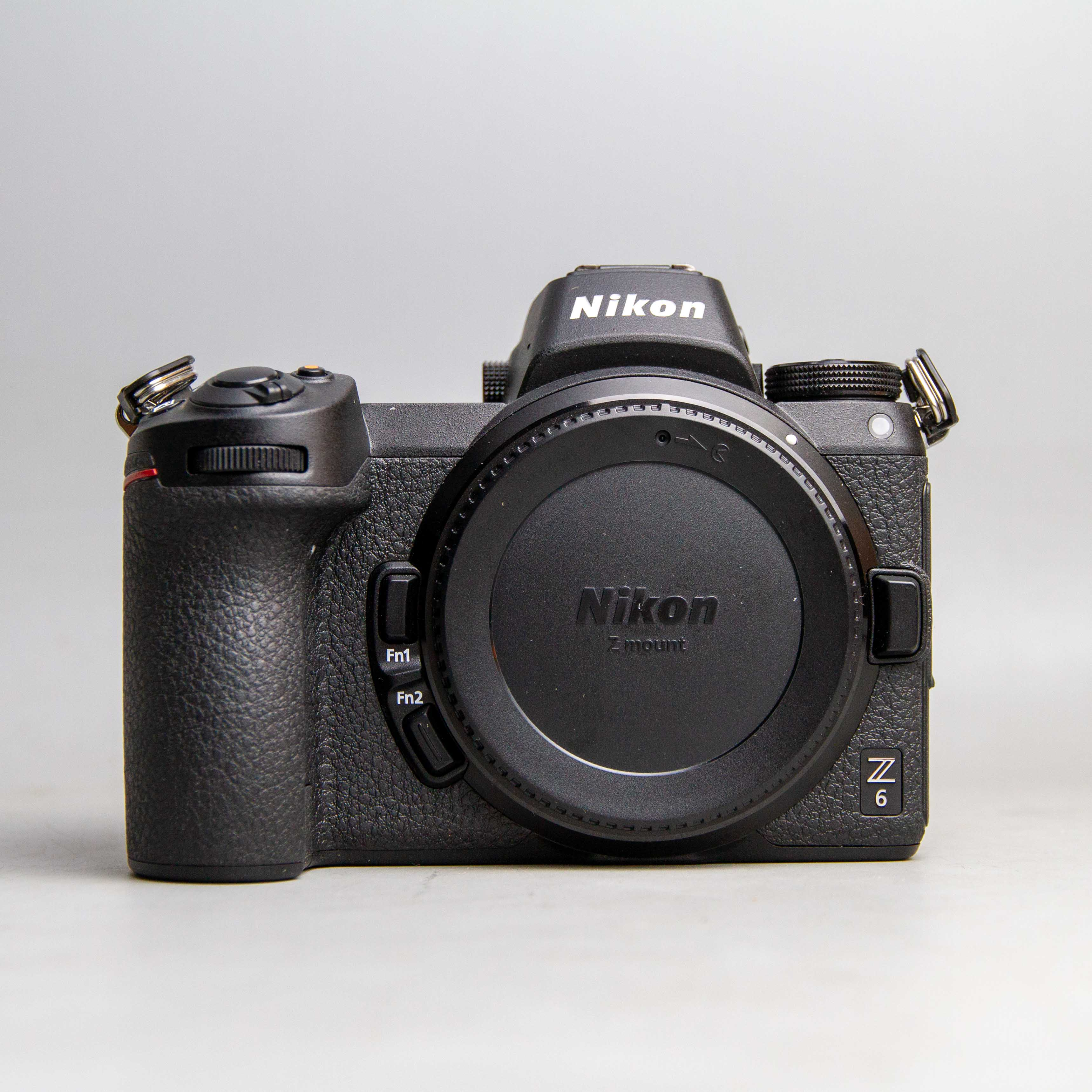 nikon-z6-body-likenew-fullbox-700-shots-18709