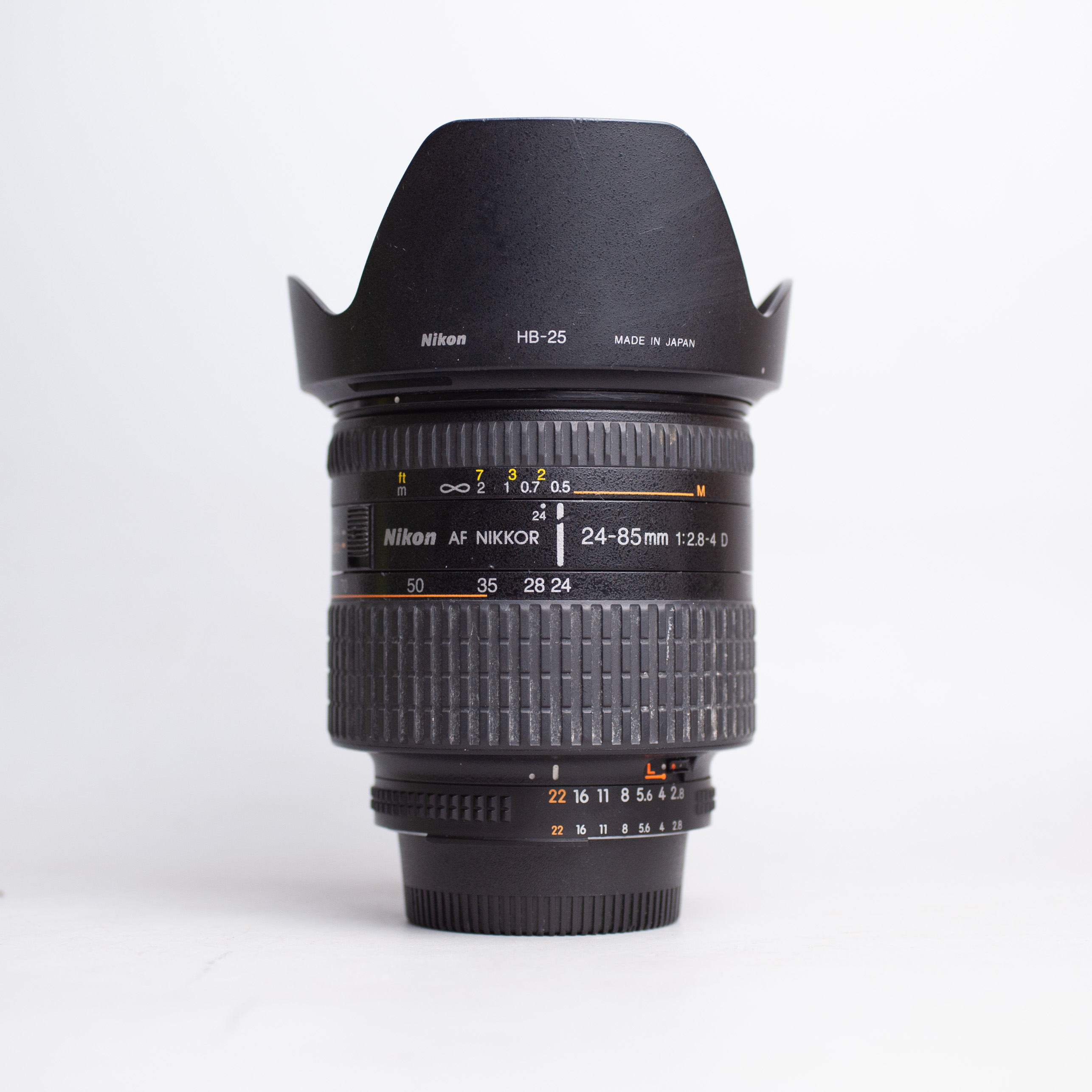 nikon-24-85mm-f2-8-4-d-af-24-85-2-8-4