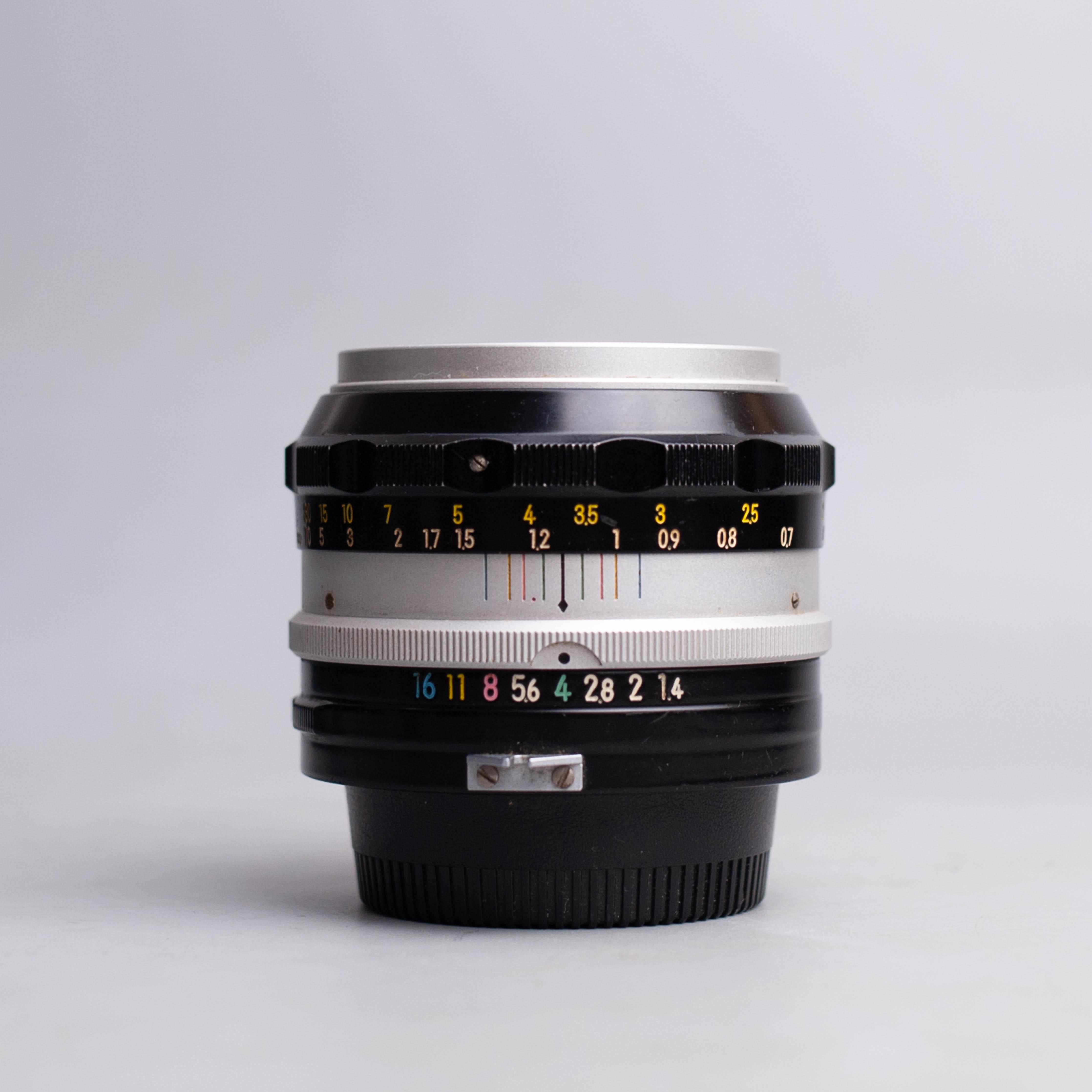 nikon-70-300mm-f4-5-5-6-ed-af-70-300-4-5-5-6-16442