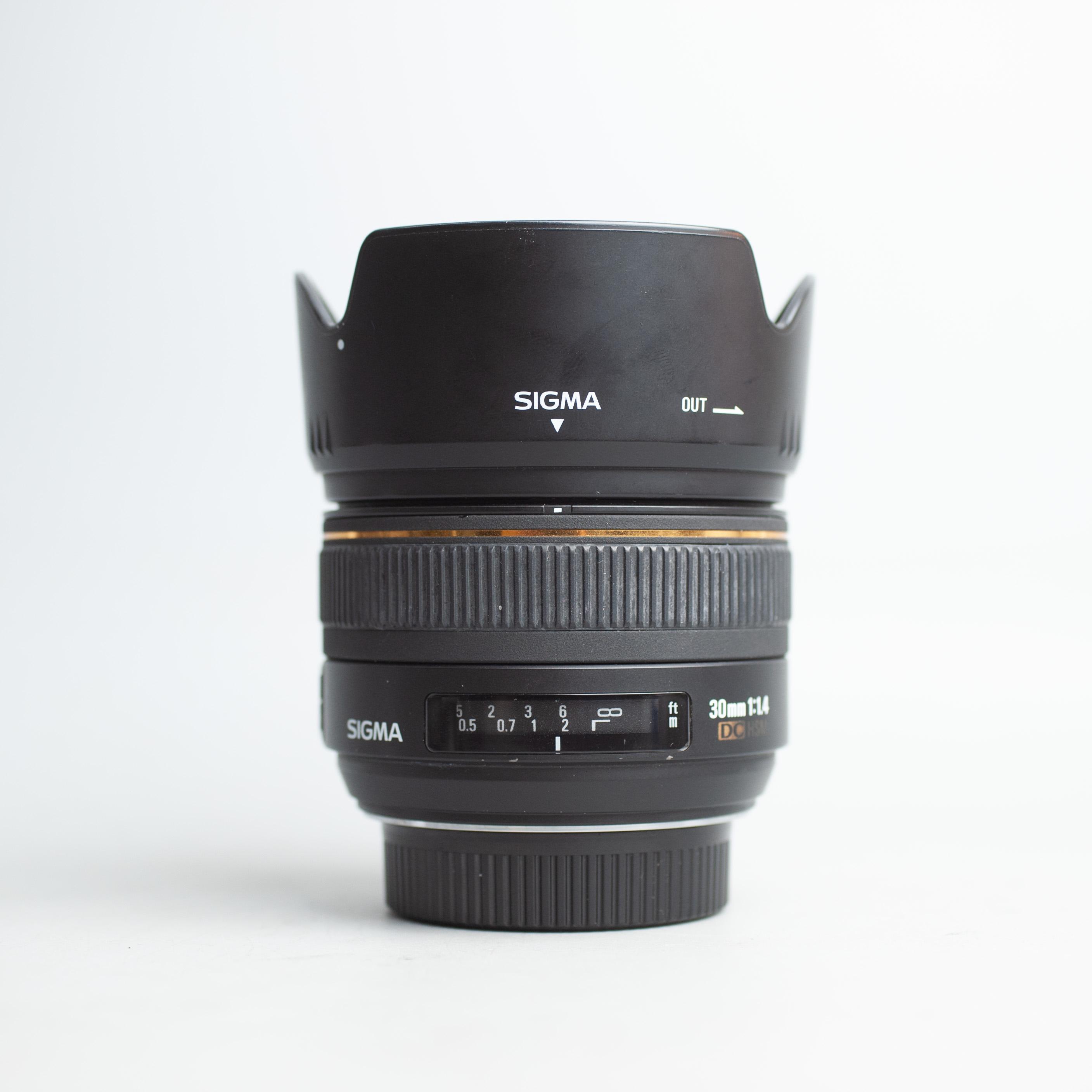 sigma-30mm-f1-4-dc-hsm-af-nikon-30-1-4-18052