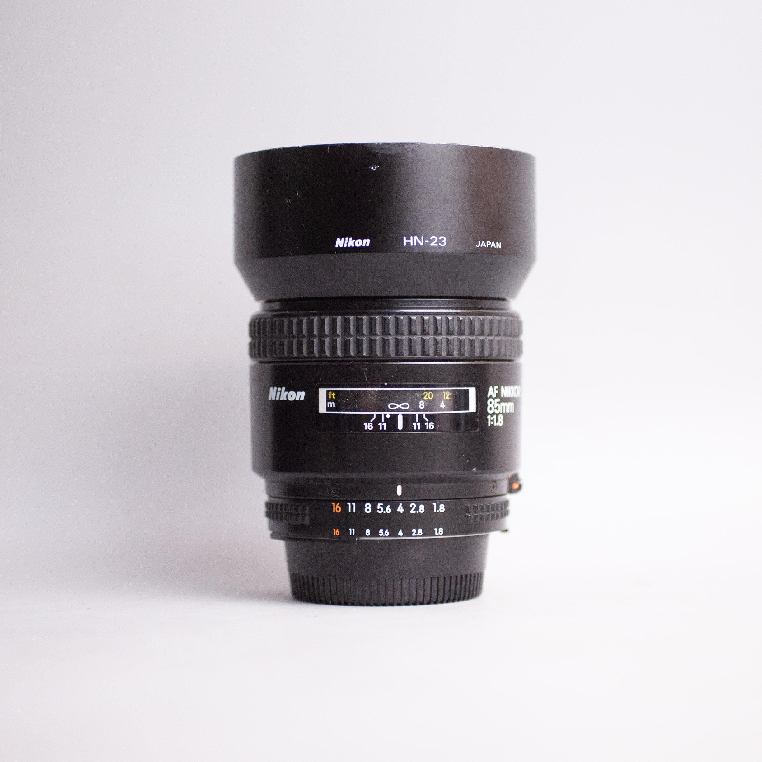 nikon-85mm-f1-8-af-85-1-8-18202