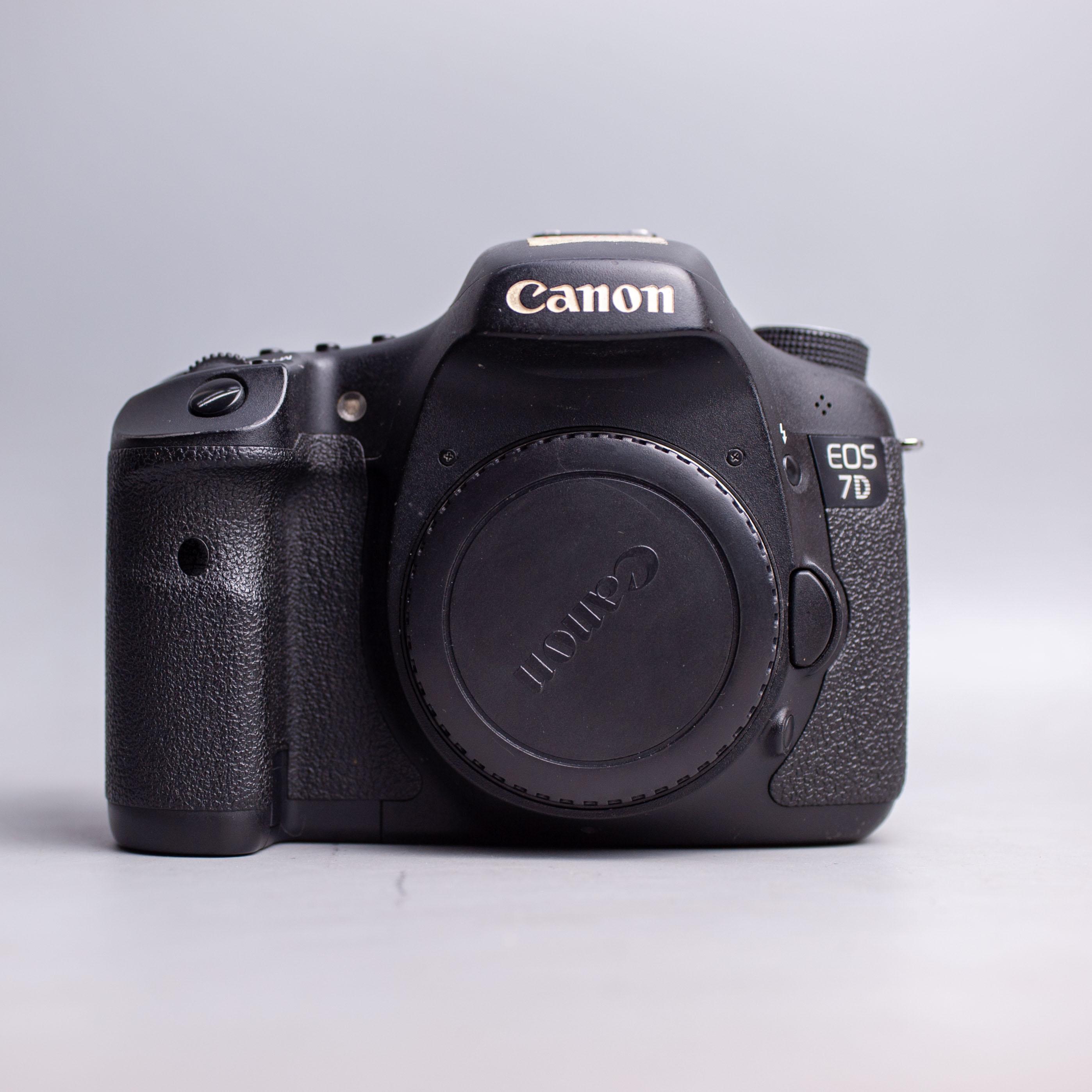 canon-eos-7d-body-15432