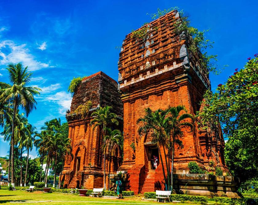 Ưu đãi Combo khách sạn Quy Nhơn + Vé máy bay – Lịch trình du lịch Quy Nhơn 4N3Đ hè 2020