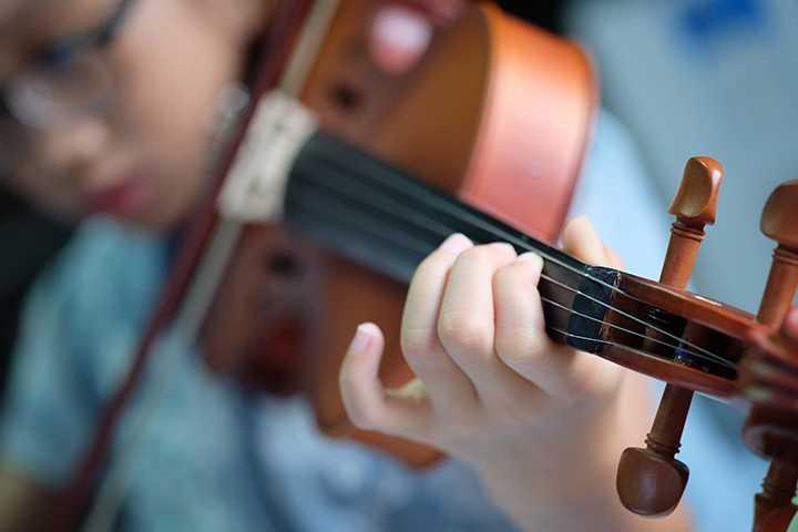 Ảnh hưởng của âm nhạc cổ điển lên não bộ - Harmony Music