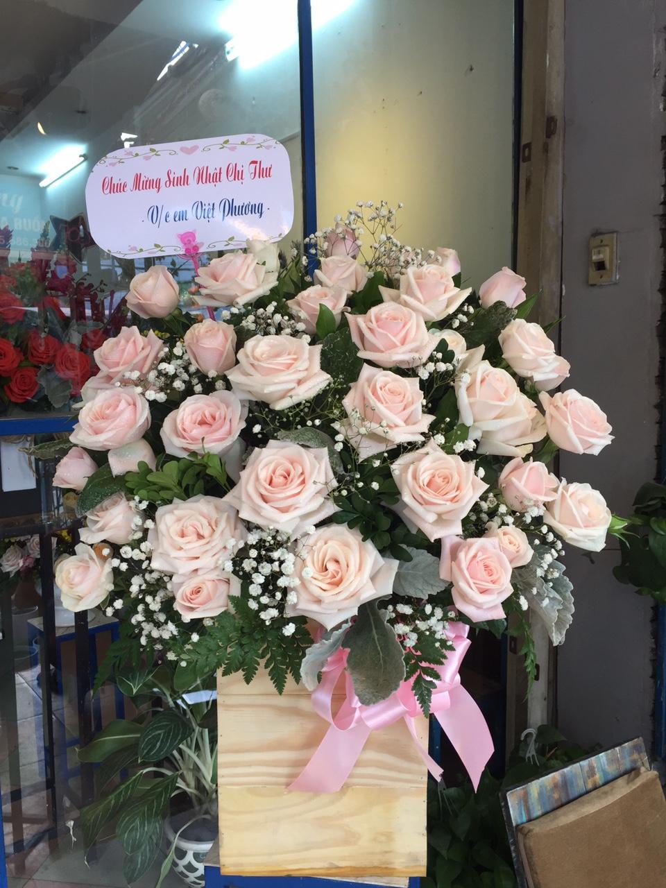 HH105 - Hộp hoa