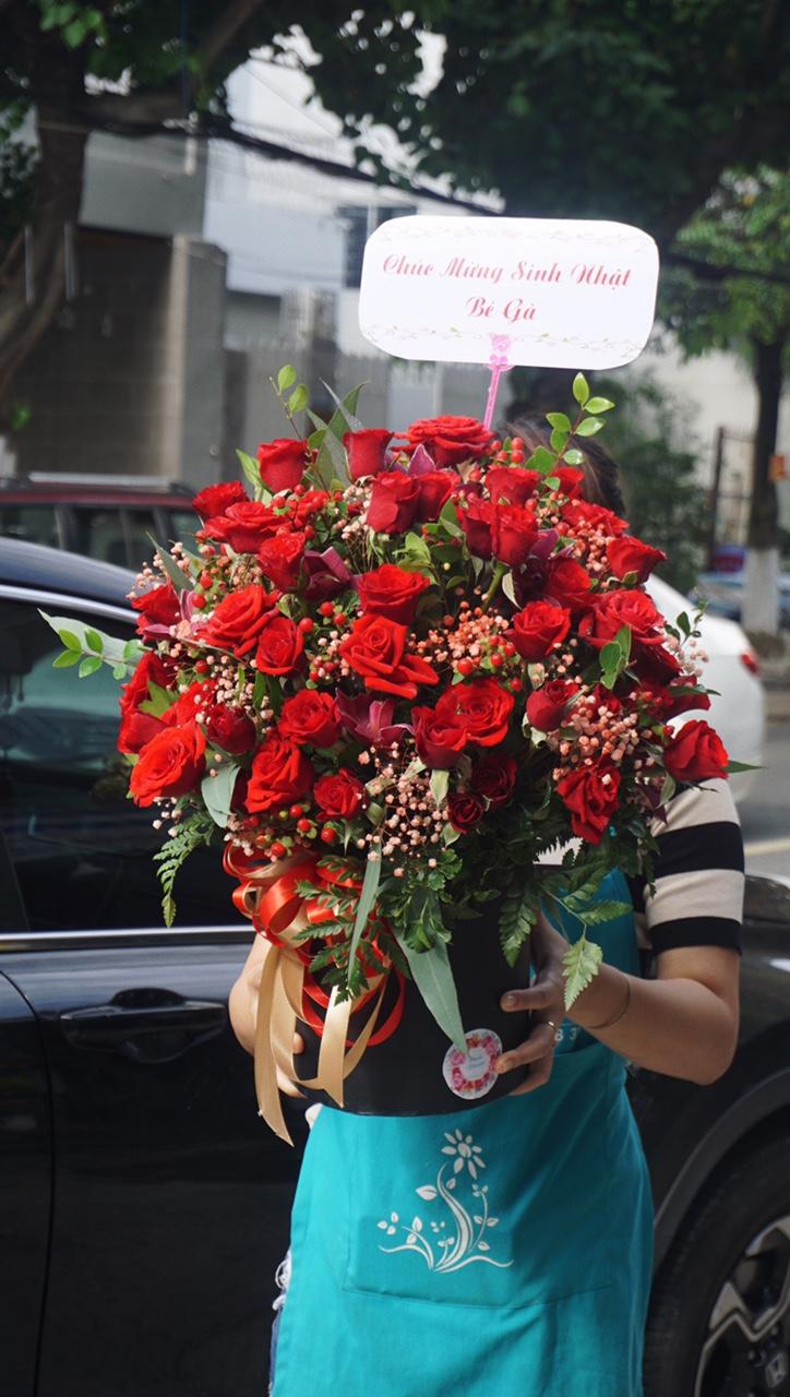 HH106 - Hộp hoa hồng