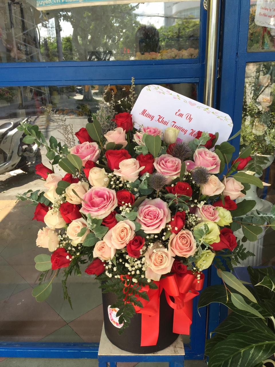 HH108 - Hộp hoa