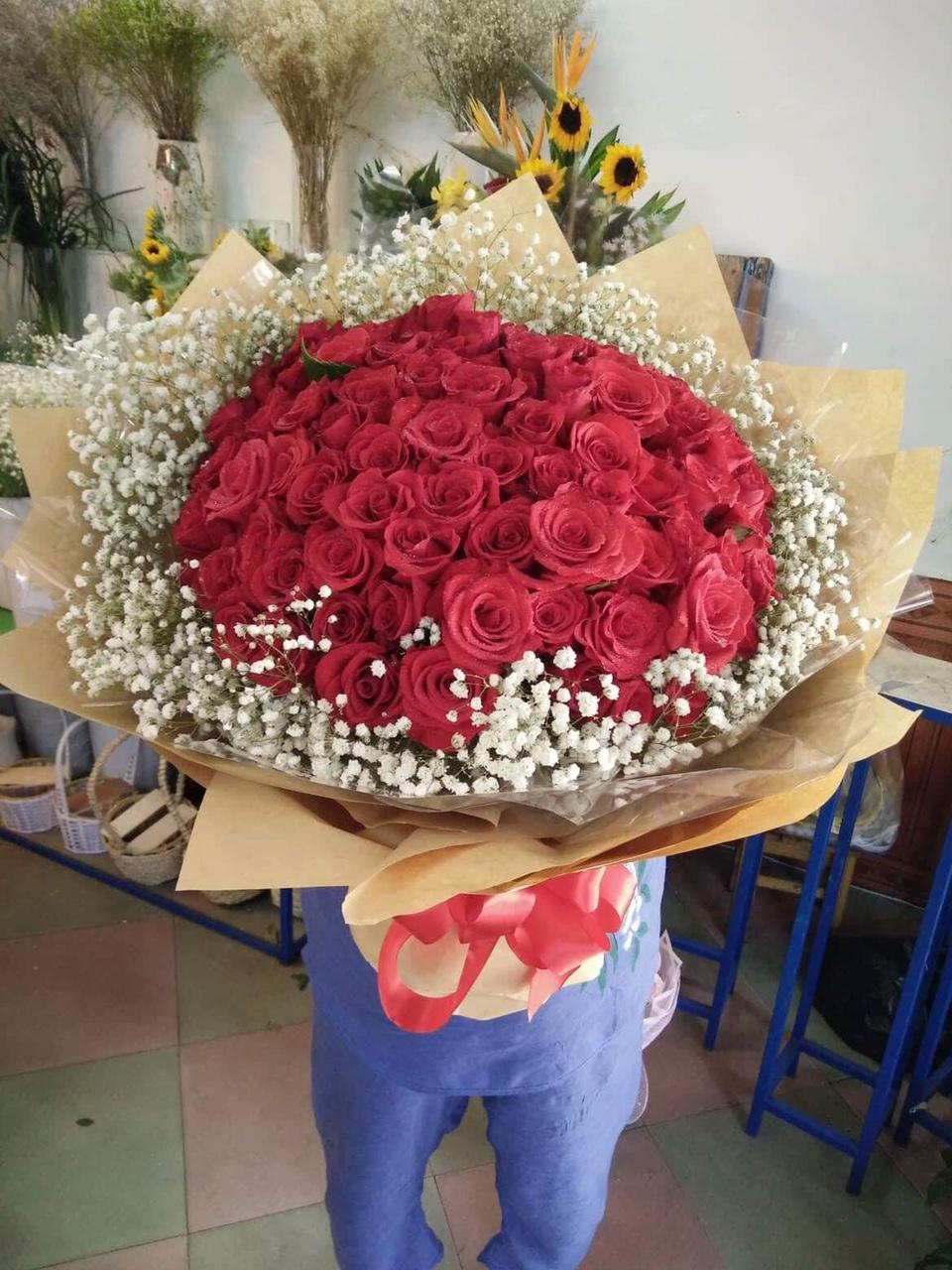 HB121 - Bó hoa hồng đỏ