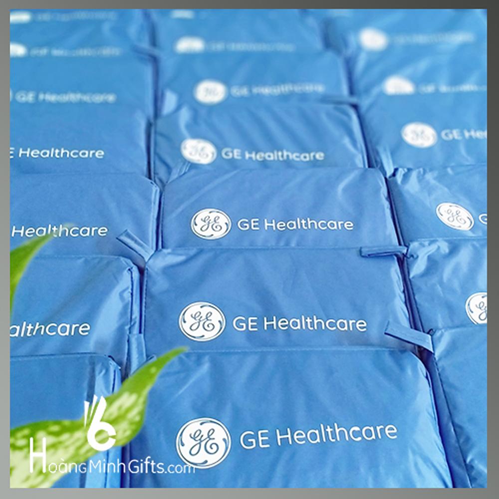 ao-mua-quang-cao-sieu-nhe-in-logo-kh-ge-healthcare