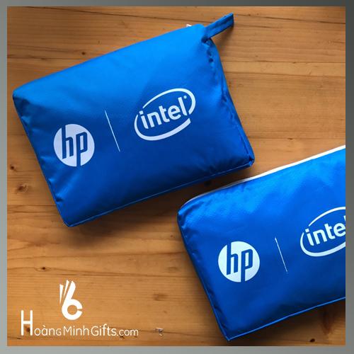 ao-mua-quang-cao-sieu-nhe-hp-intel-windows10