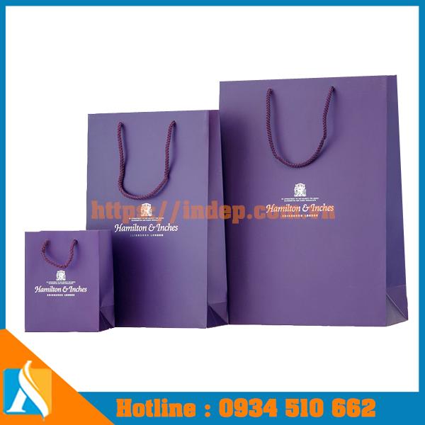 thiết kế và in túi giấy ngành thời trang