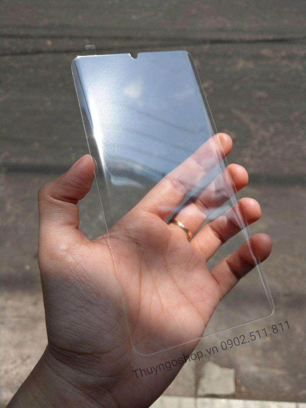 Kính cường lực Huawei P30 Pro full keo nước UV, cảm ứng nhạy 100%