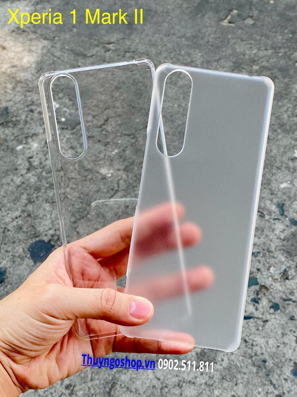 Sony Xperia 1 Mark II - Ốp cứng siêu trong suốt / Mờ chống vân tay
