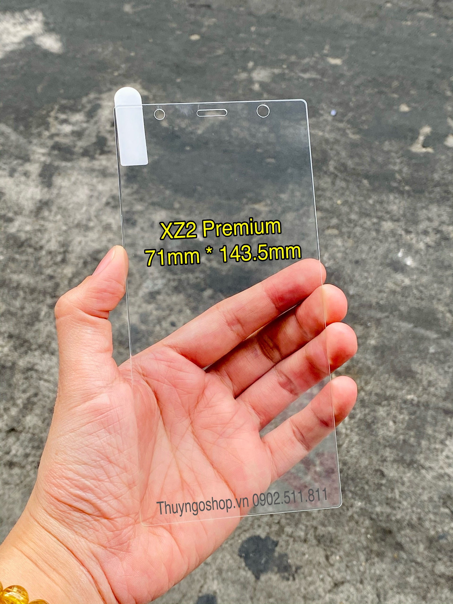 Kính cường lực trong suốt Sony XZ2 Premium