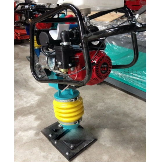 Máy đầm cóc chạy xăng Honda HCR80