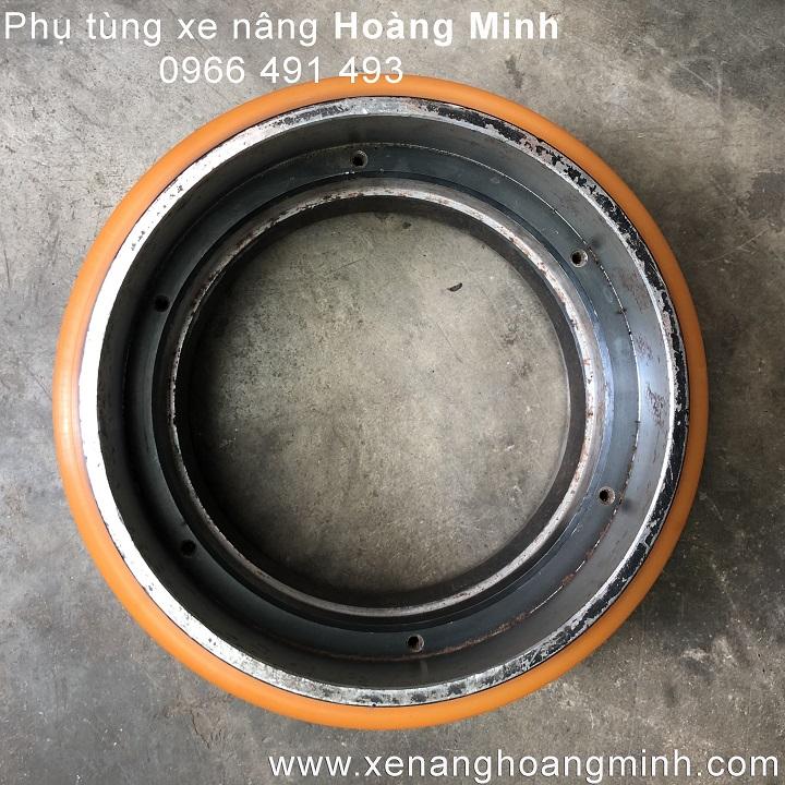 banh-xe-nang-dien-pu-210-70