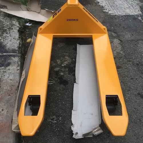 xe-nang-tay-2500kg-gia-re- xe nâng -ichimen